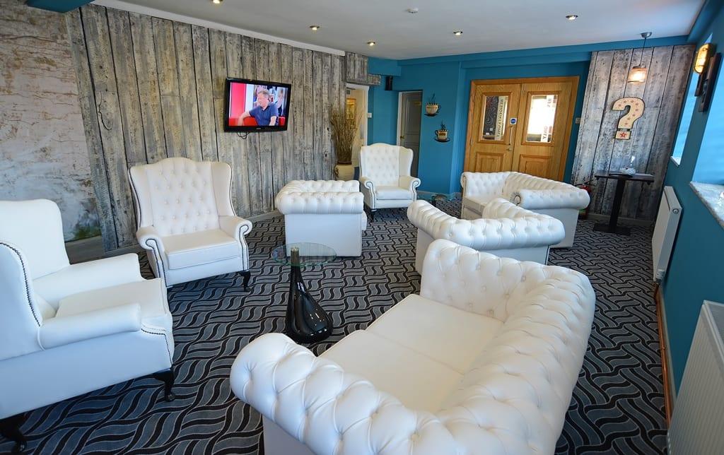 Briardene Hotel Lounge