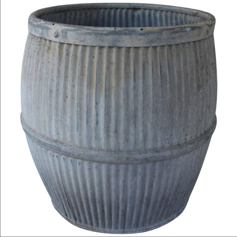 There was a zinc tub similar to this I remember from the garden when I was playing at grandma's house
